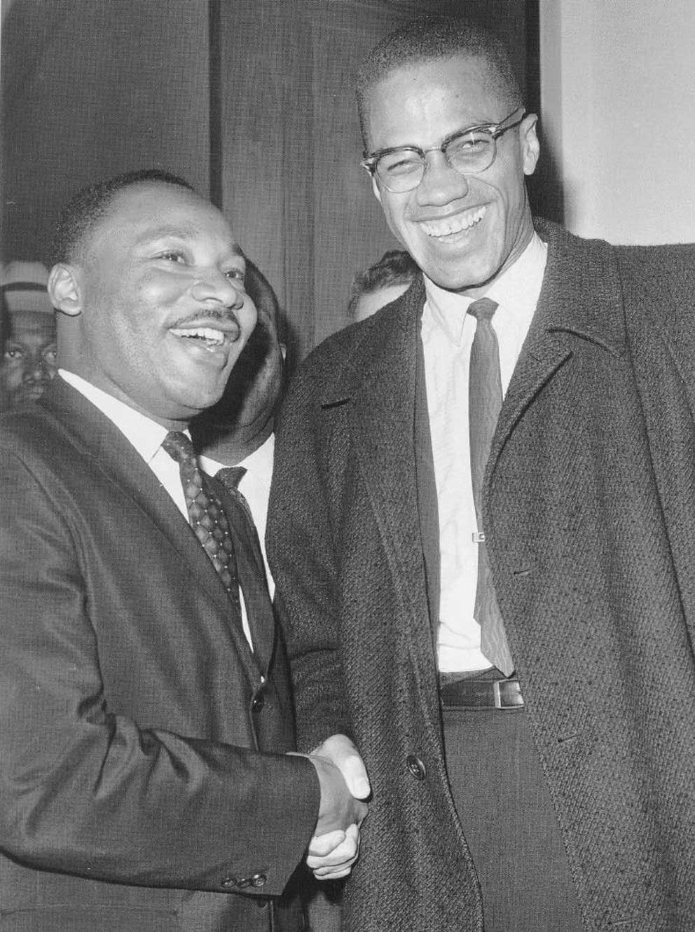 a comparison of the aims and methods of martin luther king and malcolm x in the united states Martin luther king jr and malcolm x were both respected ministers and established leaders of the african-american people although most whites often say that they were like oil and water, these two men, how different they may have seemed to be, had the same goal: they wanted to end exploitation, discrimination and racism.